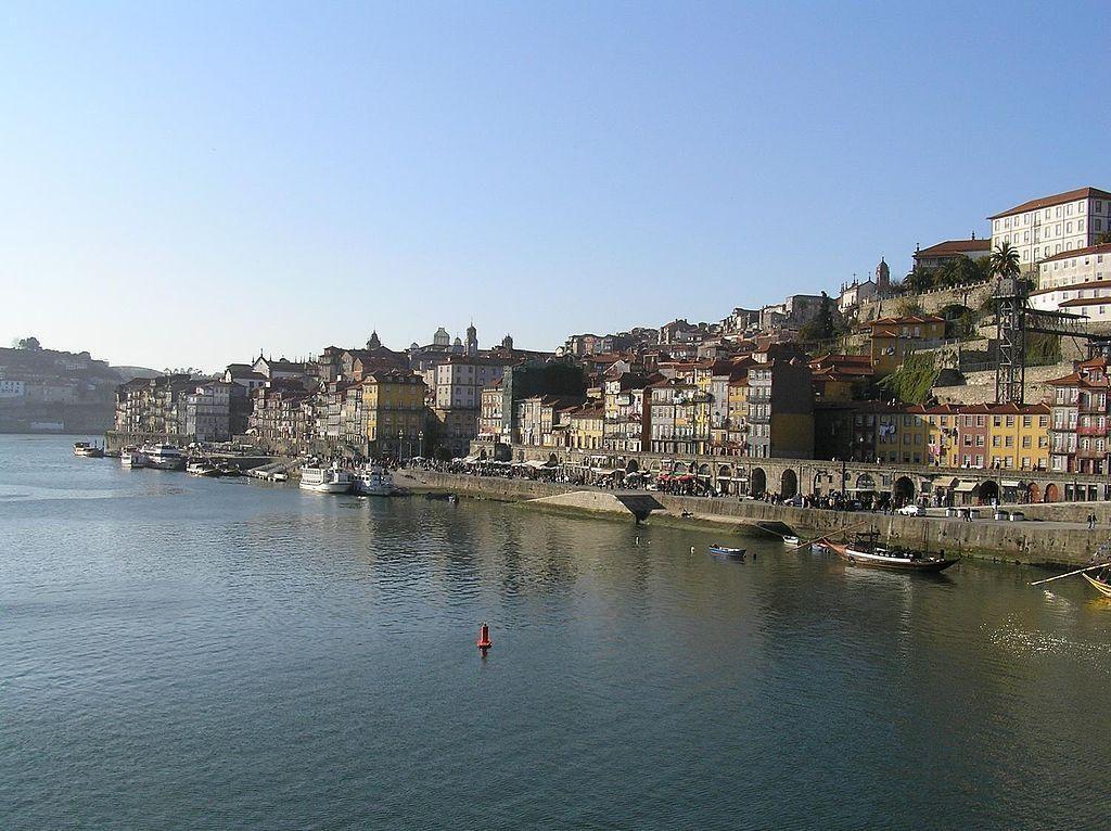 Baixa, oftewel de Benedenstad, is dé ontmoetingsplek van de Portugezen.