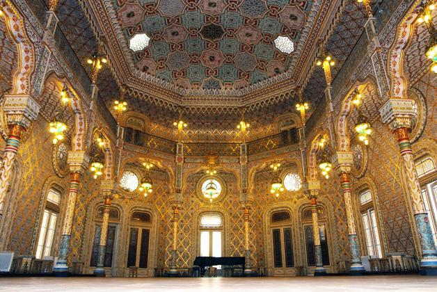 De Arabische zaal in het Palácio da Bolsa