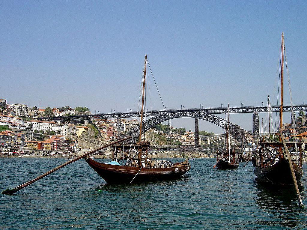 De Dom Luis I- brug is vernoemd naar koning Lodewijk 1, die de brug in 1886 opende.