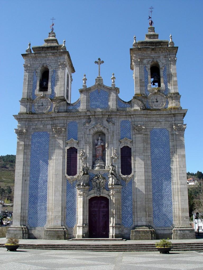 Igreja, Ribeira de Pena